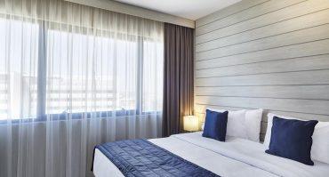 Harmonia e conforto são essenciais em um quarto de hotel
